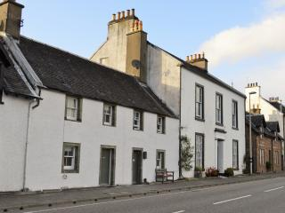 2 bedroom Cottage with Internet Access in Inveraray - Inveraray vacation rentals