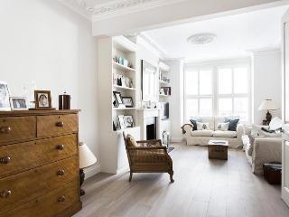 Gowan Avenue III - London vacation rentals