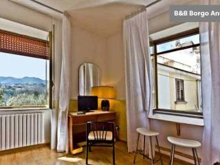 B&B  Borgo  Antico, location tranquilla - Cava De' Tirreni vacation rentals