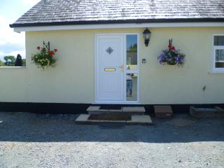 The Green House - Underwood Cottages - Llangoed vacation rentals