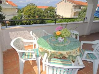 Nice 2 bedroom House in Malinska - Malinska vacation rentals