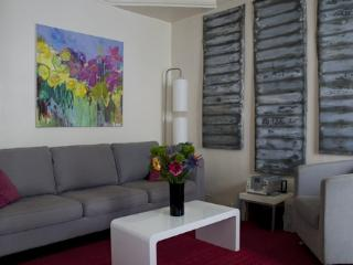 Parisian Vacation Rental at Montmartre Vineyards - Paris vacation rentals