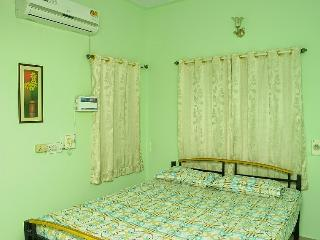 Holiday Extended Stay - Service Apartments Chennai - Chennai (Madras) vacation rentals