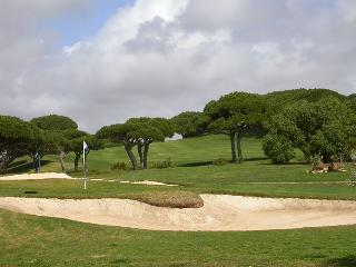 Vilamoura Apartment - Ideal base for golfers and close to Marina and beaches - Centro Region vacation rentals