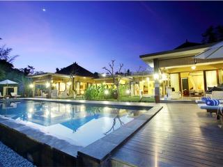 Nirvana Suite, Luxury 2 BR Villa, Ubud - Pejeng vacation rentals