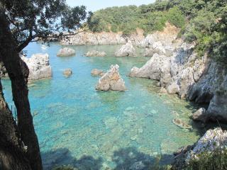 la casa del pero, tra mare e monti, pace in natura - Maratea vacation rentals
