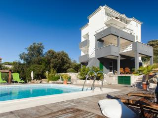 Cipra apartments - Ciovo island - Ciovo vacation rentals
