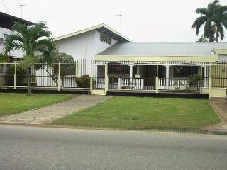 Gravenberchstraat Appartementen - Paramaribo vacation rentals
