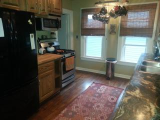Amazing Apartment in Ideal Location - Tonawanda vacation rentals