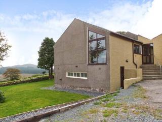 VALLEY VIEW, barn conversion, all ground floor, en-suite, pool table, parking, garden, in Broughton-in-Furness, Ref 26404 - Broughton-in-Furness vacation rentals