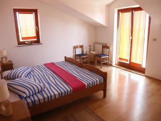 Cozy 2 bedroom Apartment in Rovinj - Rovinj vacation rentals