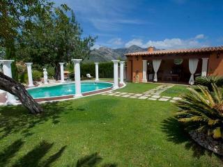VILLA ALZINA A/C PRIVATE POOL - Bunyola vacation rentals