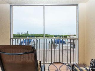 Casa Bonita Royale 107, Bay Front, Ground Floor, Pool Heated - Survey Creek vacation rentals