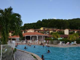 Studio, pool and sea - Le Lamentin vacation rentals