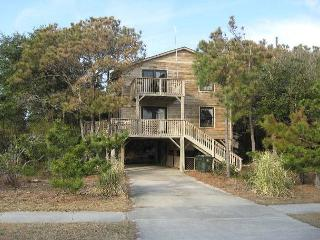 Cozy 3 bedroom Nags Head House with Deck - Nags Head vacation rentals