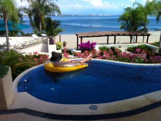 Beachfront Puerto Vallarta Condo - La Cruz de Huanacaxtle vacation rentals