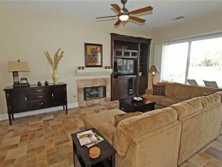 Nice House with Internet Access and A/C - La Quinta vacation rentals