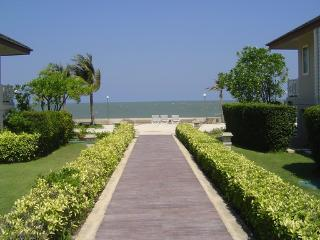 Beach Side Master 2 bedroom Suite - Phetchaburi Province vacation rentals