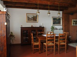 3 bedroom B&B with Internet Access in Valeggio Sul Mincio - Valeggio Sul Mincio vacation rentals