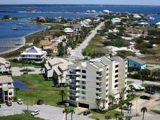 Santa Rosa Dunes 1 Bdrm - 4th floor in Building 9 - Cute! - Pensacola Beach vacation rentals