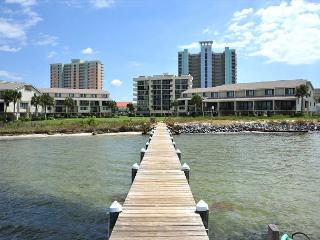 Still open 6/26-7/6! - Pensacola Beach vacation rentals