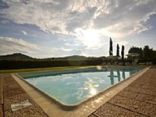 Casa Pettirosso B - Casole D'elsa vacation rentals