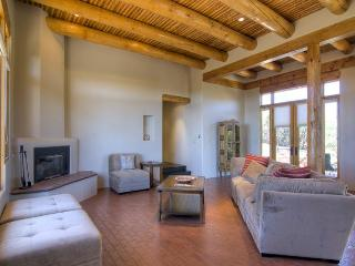 Nice 4 bedroom Tesuque House with Dishwasher - Tesuque vacation rentals