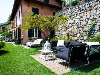 Apartment Belvedere spectacular lake view garden and location, sleeps 2-6 - Bellagio vacation rentals