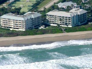 BEACHFRONT BEAUTY Hutchinson Isl Marriott Resort! - Hutchinson Island vacation rentals