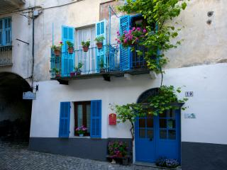 Cozy 3 bedroom Bed and Breakfast in Ormea - Ormea vacation rentals