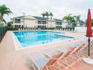 Amazing Rates for Charming 3 Bedroom Condo at Grand Palms, close to Disney - Kissimmee vacation rentals