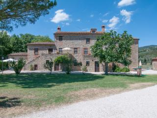 Big apartment in old structure - Trasimeno Lake - Tuoro sul Trasimeno vacation rentals