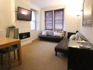 Benson House, Box - apartment 2 - classic - Bathampton vacation rentals