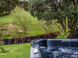 Willow Creek Managwhai Country/Coastal Retreat - Mangawhai vacation rentals