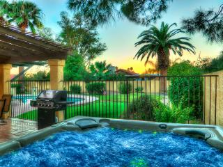 3 BDRM+DEN ESTATE-pool/spa/putt/fire/LOCATION - Phoenix vacation rentals