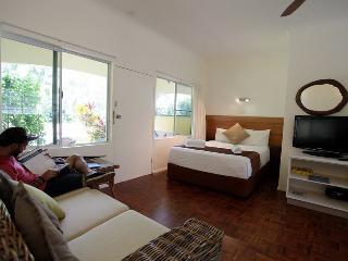 Villa Marine Holiday Apartments Cairns Beaches - Yorkeys Knob vacation rentals