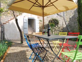 Appartament Giardino, centro storico, Lucignano - Lucignano vacation rentals