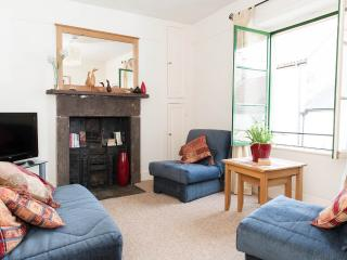 Lovely Townhouse with Internet Access and Kettle - Shepton Mallet vacation rentals