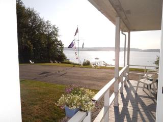 OUR MAINE GETAWAY | EAST BOOTHBAY MAINE | WATERFRONT | DOCK AND FLOAT | BEACH - Boothbay vacation rentals