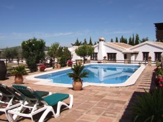 Comfortable 2 bedroom Cottage in Villanueva del Trabuco - Villanueva del Trabuco vacation rentals