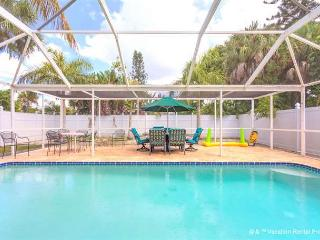 Palmero Palms, 3 bedrooms, private heated pool, jacuzzi tub - Fort Myers Beach vacation rentals