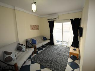 Surf apartment sleeps 6 - windsurf / kite Lagoon - Dahab vacation rentals