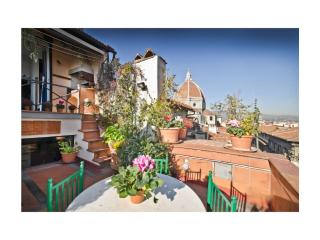 Max Charming Proconsolo - 3 Terrace Cathedral View - Florence vacation rentals