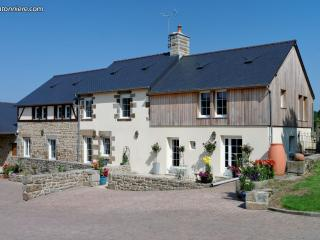 Perfect 7 bedroom Gite in Saint-Michel-de-Montjoie with Internet Access - Saint-Michel-de-Montjoie vacation rentals