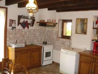6 bedroom Gite with Dishwasher in Romenay - Romenay vacation rentals