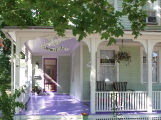 Charming furnished home near the Guilford Green •• MINIMUM 2 WEEK STAY •• - Branford vacation rentals