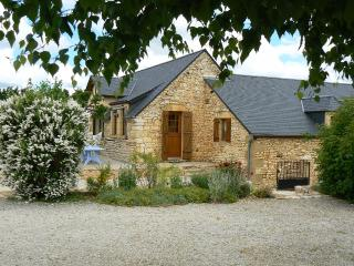 Big rental for 15 persons  in Dordogne . - Gourdon vacation rentals