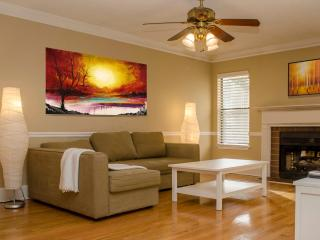 WOW stunning 2 BDR 2BA,Atlanta - Dunwoody vacation rentals