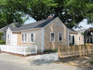 15 A, B & C Vestal Street - Image 1 - Nantucket - rentals