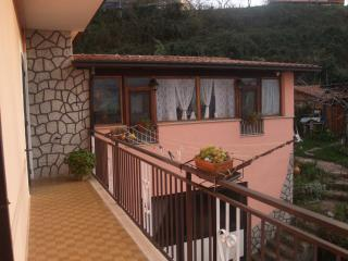 Cozy 3 bedroom B&B in Rovito - Rovito vacation rentals